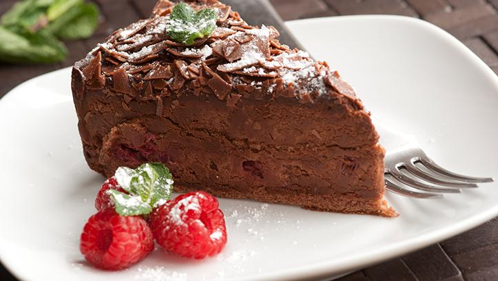 tarta marquise con fresón de palos